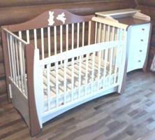 Сборка детской кроватки и пеленального комода.