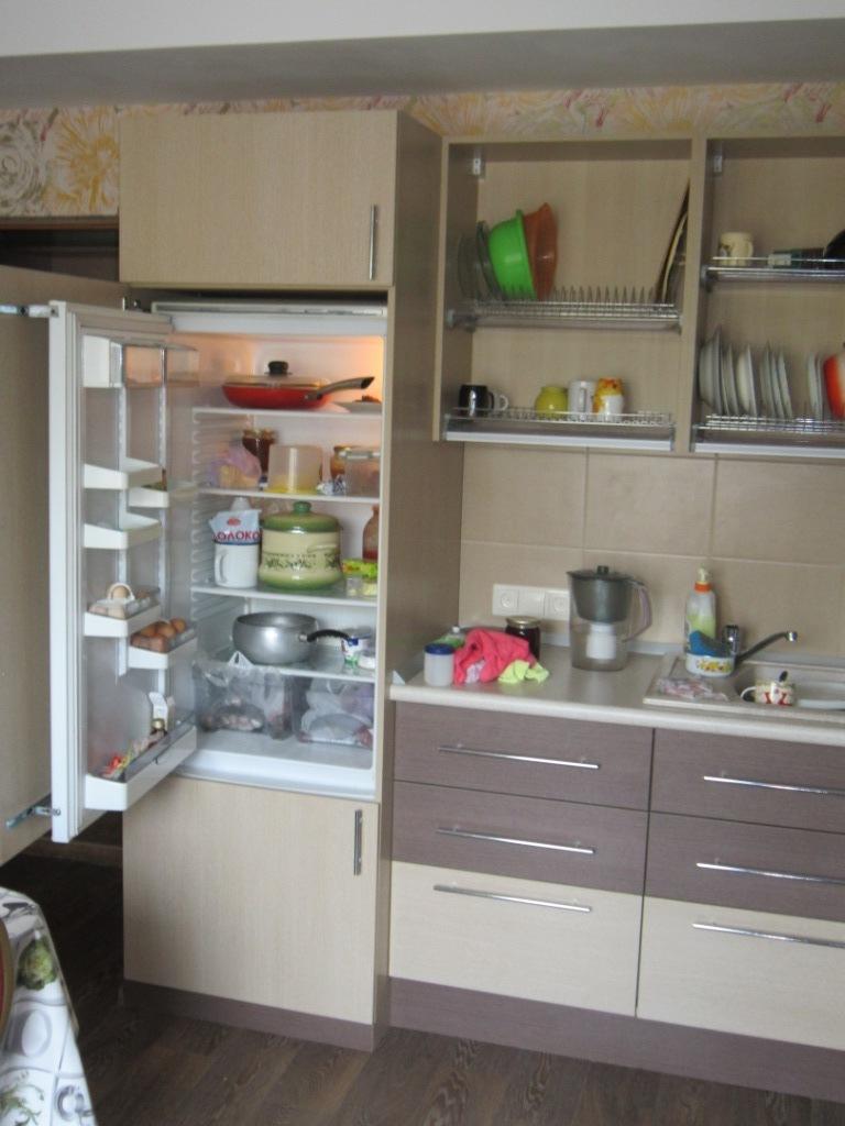 Изготовление кухни. Встройка холодильника.