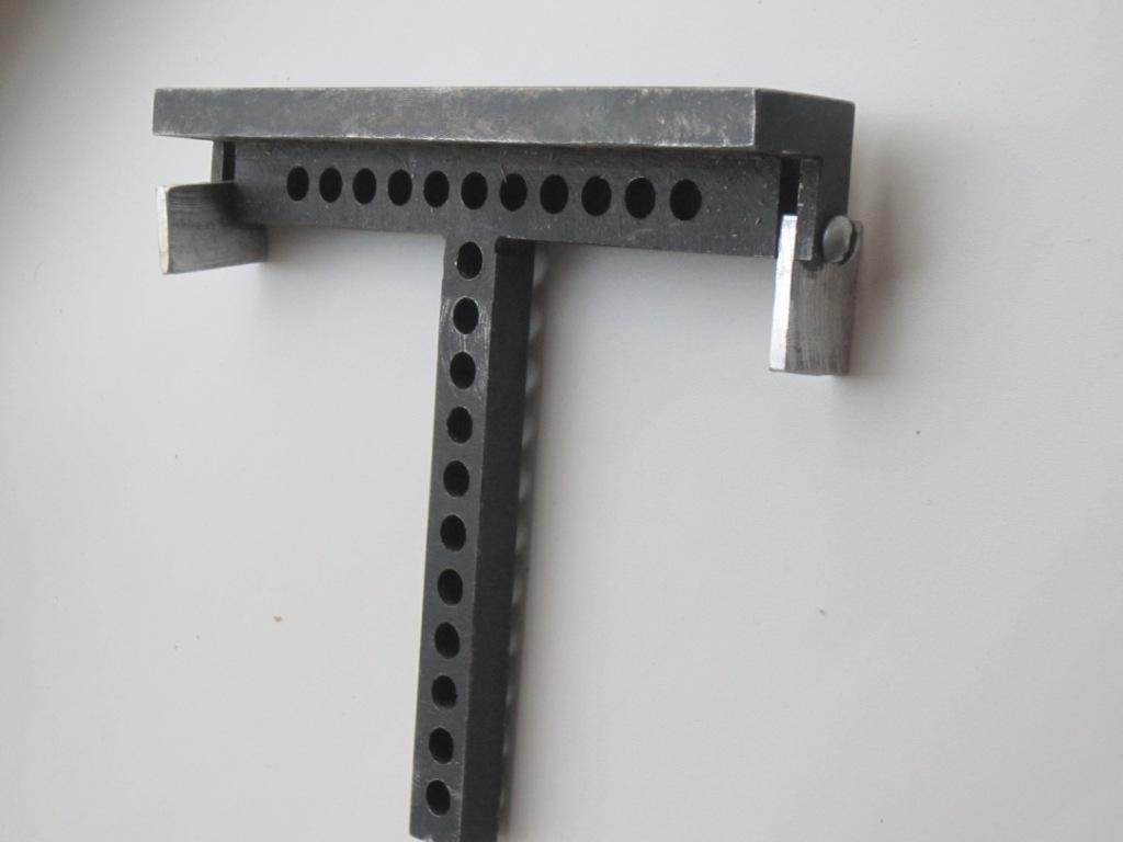 Продам кондуктор для сверления отверстий под конфирматы. 89371826250